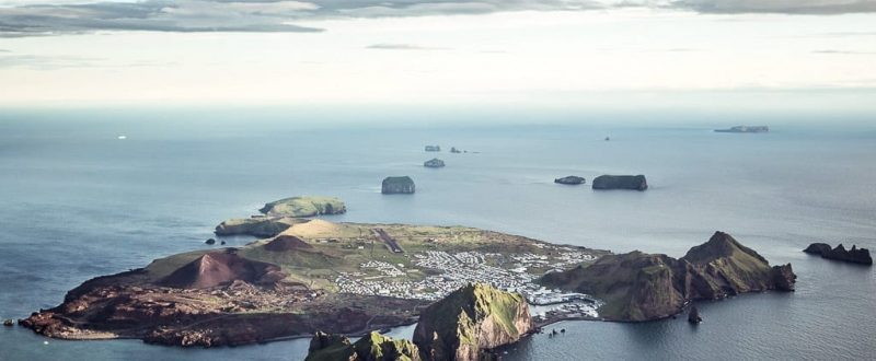 View over Westman Islands_Volcanic Westman Islands Day Tour - Hidden Iceland - Photo Norris Nimas